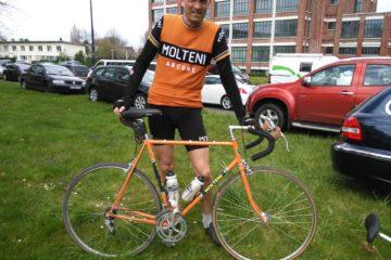 """Min """"Molteni"""" cykel til Paris Roubaix Challenge bestod af en gammel Centurion Super le Mans ramme i Columbus Gara, som jeg havde slebet ned og omlakeret i den ikoniske Molteni-orange farve"""