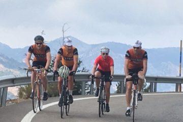 Squadra Molteni fører op af Pico del Veleta